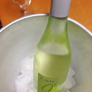 安くて美味しいセコマのスパークリングワインと簡単おつまみ